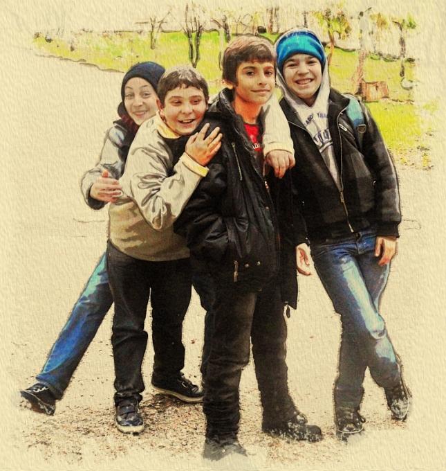 05. Algunos de los niños de nuestra escuela