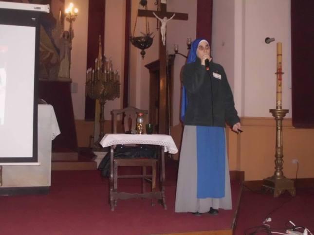 Hermana Guadalupe en la Parroquia San Francisco en Rojas