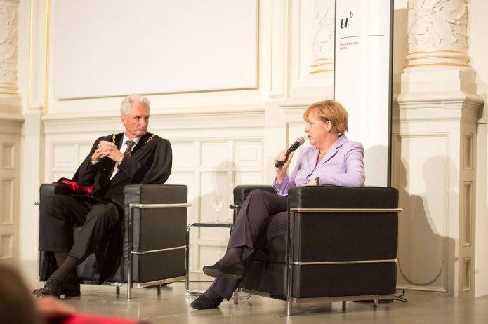 Intervención de Angela Merkel en la Universidad de Berna.