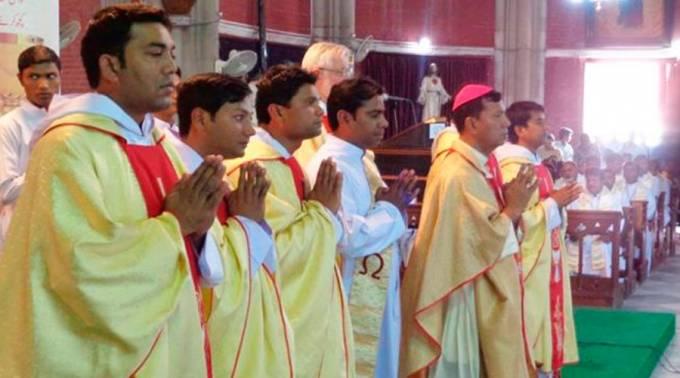sacerdotespakistan_asifnazir_150416